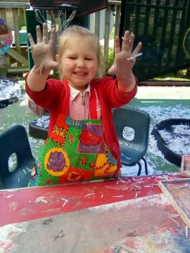 jess messy play